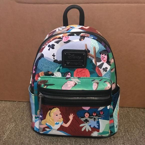 Alice in Wonderland Mini Loungefly Backpack 🎀 c5c46c37625ed